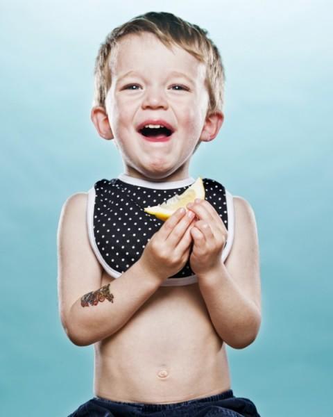 niños-probando-limon09
