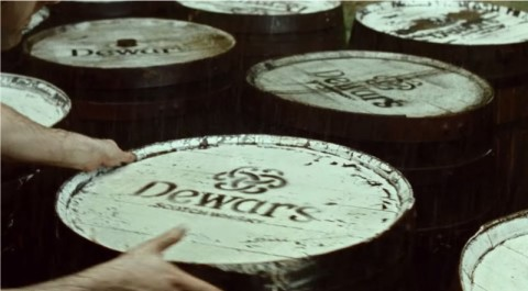 dewars-scotch-true-mis-gafas-de-pasta03
