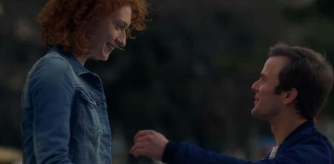 chico y chica se encuentran en el nuevo anuncio de mcdonald's