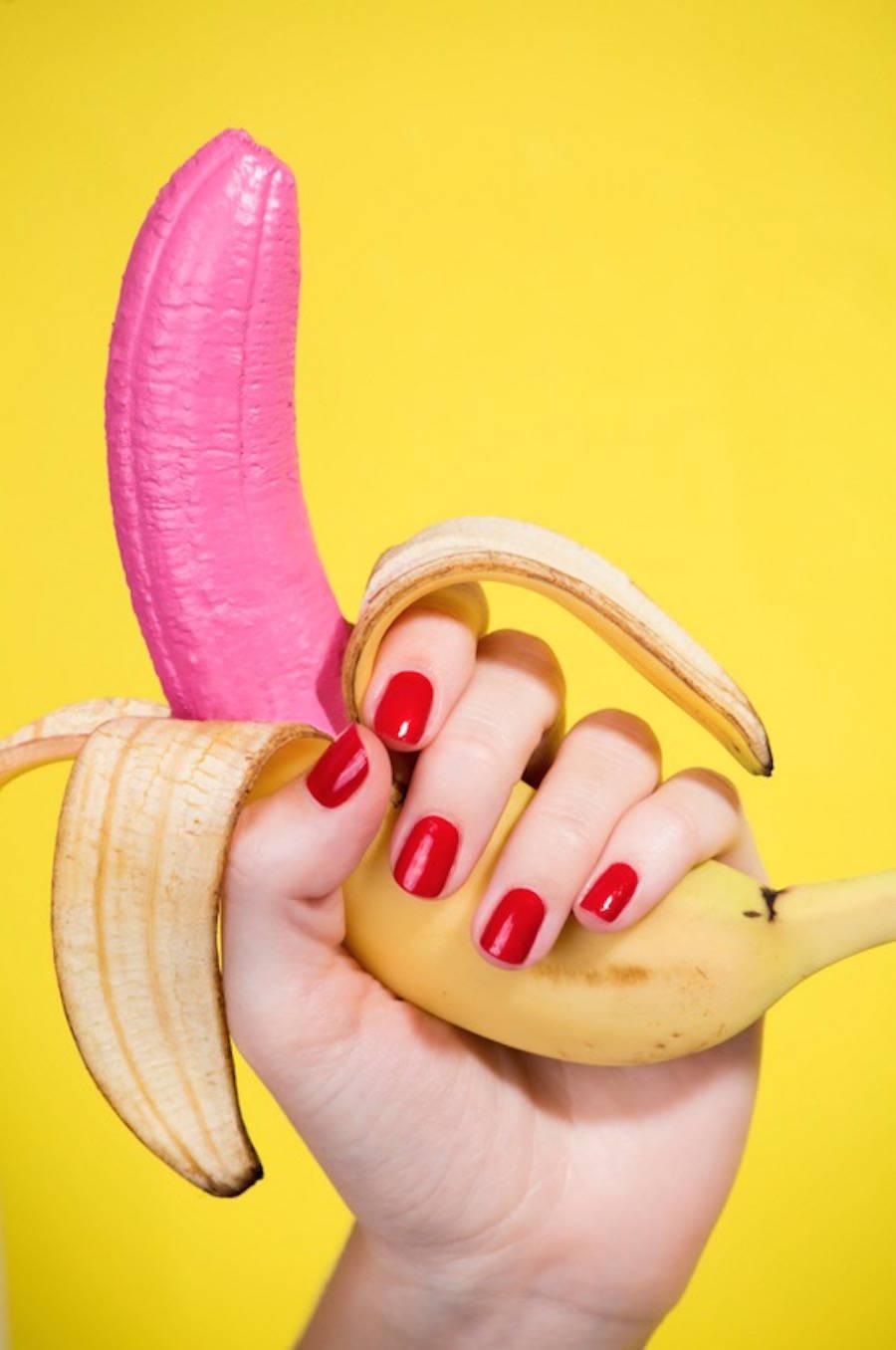 las fotografías coloristas de aleksandra kingo molan. plátano rosa