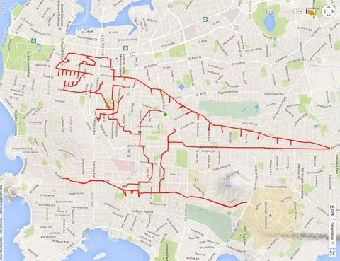 stephen lund hace un tiranosaurio rex gps mientras va en bici