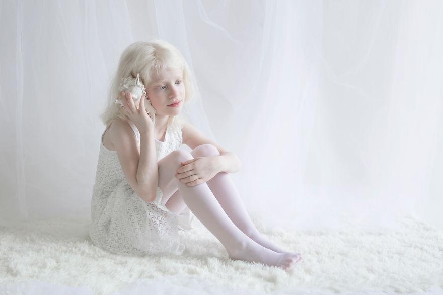 yulia taits albinos mis gafas de pasta01