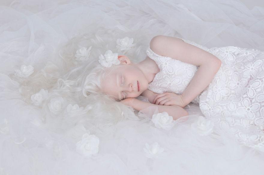 yulia taits albinos mis gafas de pasta05