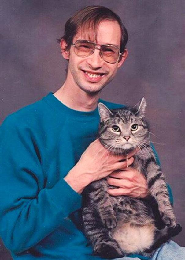 hombres raros con gatos mis gafas de pasta13