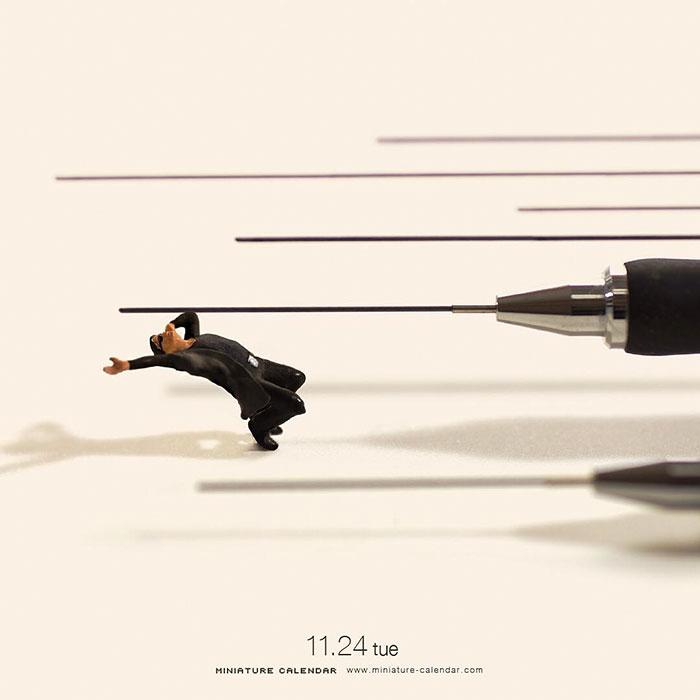 miniature calendar mis gafas de pasta16