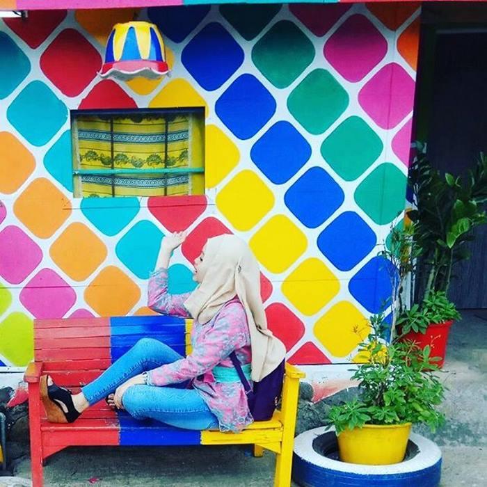 ciudad arco iris kampung pelangi indonesia mis gafas de pasta03