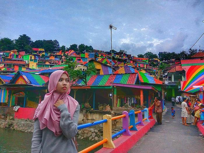 ciudad arco iris kampung pelangi indonesia mis gafas de pasta04