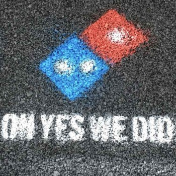 dominos-pizza-paving-for-pizza-mis-gafas-de-pasta-destacado