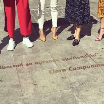 las chicas del cable y netflix quieren llenar de frases de mujeres el barrio de las letras